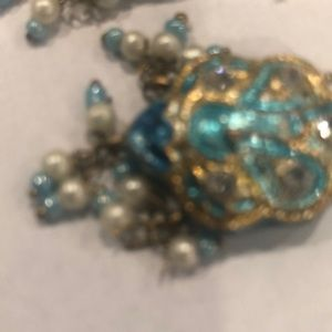 Saks Fith Ave. Beautiful turquoise glass earrings